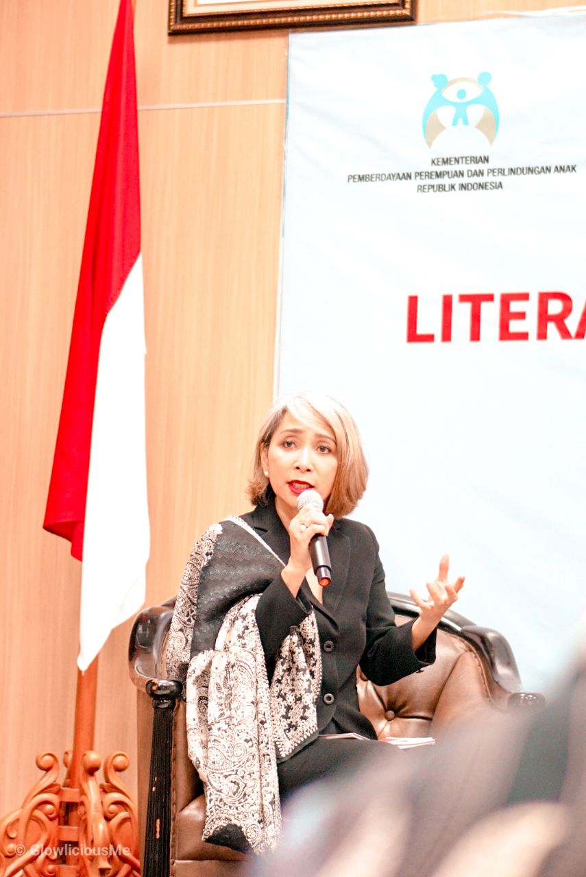Ibu Nini Sumohandoyo, Sharia, Government Relations and Community Investment Director Prudential Indonesia